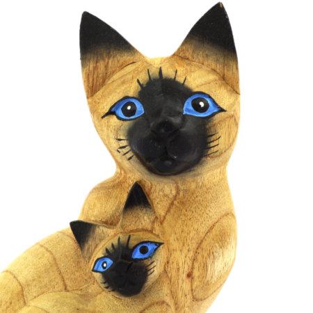 Katze Mit Kind Holzfigur Aus Albesiaholz Bemalt Nahaufnahme
