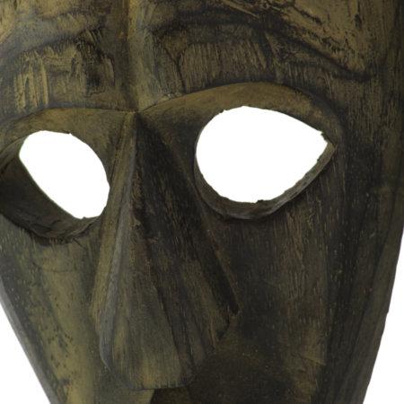 Maske Antik Albesiaholz Nahaufnahme