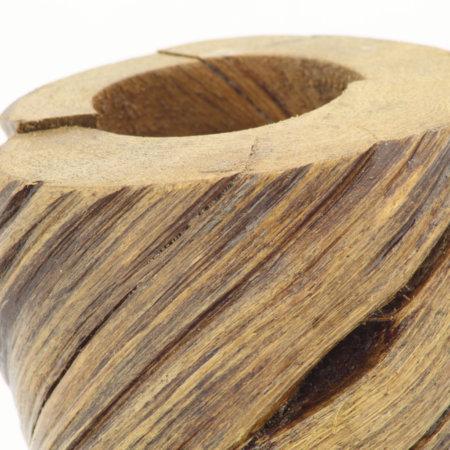 Teelichthalter Aus Lianenholz Ein Teelicht Detail